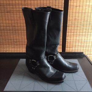 Frye Harness 15R Boots